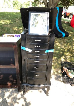 Jewelry box for Sale in New Haven, CT