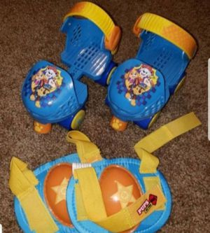 Like New Nickelodeon Paw Patrol Kids Adjustable Junior Skates & Knee Pads Set Ages 3-5 for Sale in Jacksonville, FL