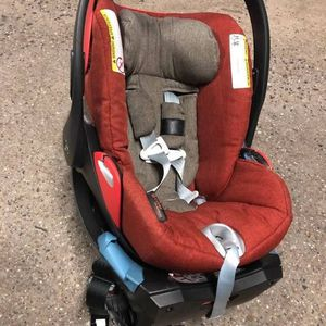Cybex fire orange baby infant car seat exp 6/2022 for Sale in Long Beach, MS