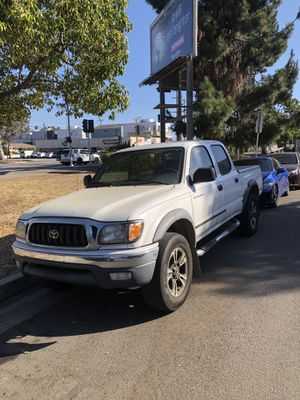 2004 Toyota Tacoma prerunner for Sale in Los Angeles, CA