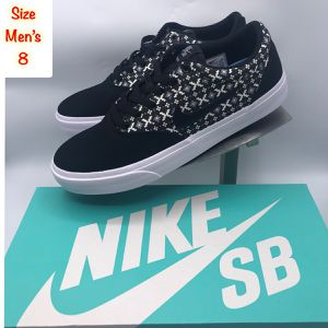 Nike Men's SB Charge Canvas Black/Gray/White Low Top Skate Shoes for Sale in Tinton Falls, NJ