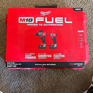Milwaukee M18 Hammer Drill And Impact Fuel With Batteries 5.0 X2 for Sale in Tijuana, MX