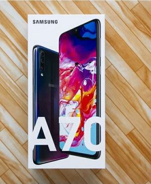 Samsung Galaxy A70 brand new will trade for the same value phone for Sale in St. Louis, MO