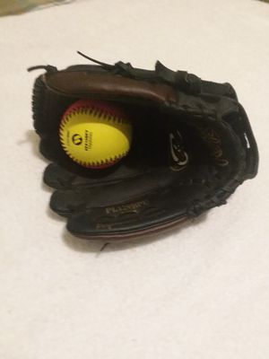 """Rawlings Glove, Right hand catcher, 11"""", Player Series for Sale in Fresno, CA"""