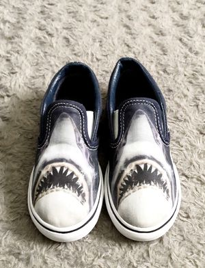 Vans toddler boy Shark slip-ons shoes paid $48 size 10 Like new barely worn zero signs of wear! Super cool Shark Vans slip-ons with fun graphic print. for Sale in Washington, DC