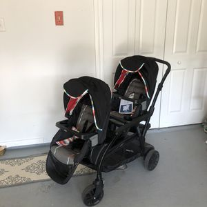 Graco modes duo/ graco snugride 30 for Sale in Toms River, NJ