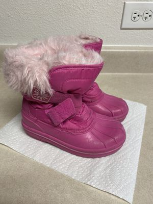 Girls snow boots size 13 for Sale in Las Vegas, NV