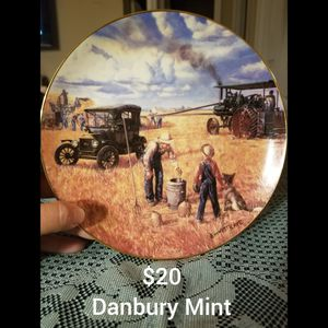 Danbury Mint Bountiful Harvest for Sale in Paragould, AR