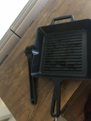 Cast iron grill pan for Sale in Gaithersburg, MD
