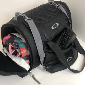 Oakley duffle bag luggage carry on black with straps for Sale in Chino Hills, CA