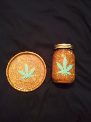 Ashtray and Jar for Sale in Lakeland, FL