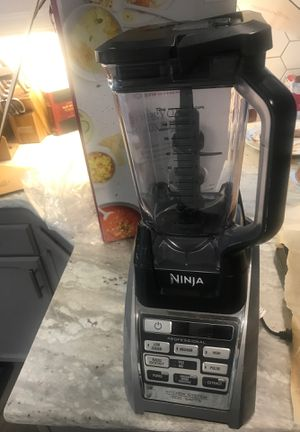 Ninja kitchen system blender and with auto IQ for Sale in Elma, WA