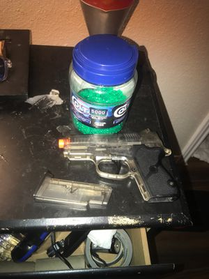Nerf gun comes worth ammo for Sale in Pearland, TX