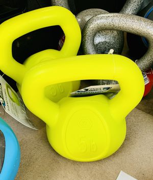 Set of two 5 lb KETTLEBELLS for Sale in Davie, FL