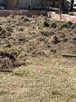 free grass/ dirt for Sale in La Puente,  CA