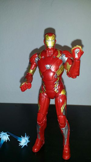Marvel legends iron man for Sale in Cerritos, CA