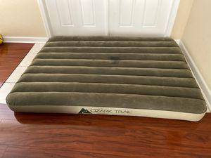 Ozark trail air mattress with air pump for Sale in Miami, FL