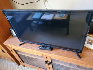 Samsung smart TV 32 inch for Sale in Lacey, WA