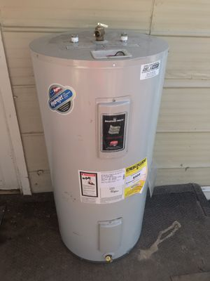 $$150$$ TODAY ONLY!! Electric water heater- boiler electrico (50 gals!) for Sale in Phoenix, AZ