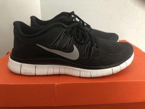 Womens Nike Free Run Running Shoe 5.0 Size 7 for Sale in Philadelphia, PA