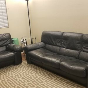 Black Leeather Sofa for Sale in Ontario, CA