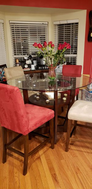 Dining table with 4 chairs - like new for Sale in Alexandria, VA