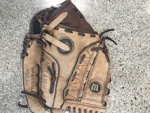 "Wilson A450 11"" Baseball Glove for Sale in Woodinville, WA"