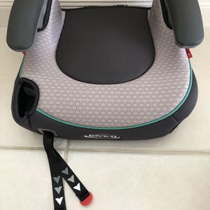 NEW! Kid's Car Booster Seat with Cupholder • Grey Color • Never Used• Smoke Free/Pet Free for Sale in West Palm Beach, FL