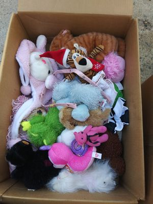 Stuff animals toys over 100 of my 20 years collection 3 boxs full. for Sale in Lakeside, CA