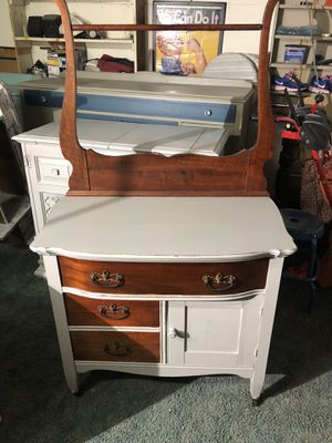 Small dresser w cabinet for Sale in West Somerville, MA