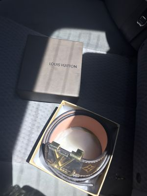 LV Belt for Sale in Hutchinson, KS
