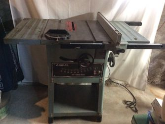 "10"" Delta table saw for Sale in Seattle,  WA"