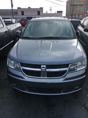 2010 Dodge Journey sxt awd 3rd row for Sale in Cleveland, OH