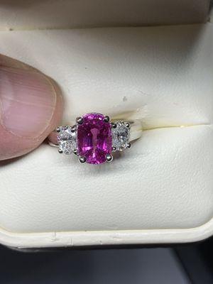 3.11ct Neon Pink Sapphire (Natural - No Heat Treatment)& Diamond Three 3 Stone 18k White Gold Engagement Ring for Sale in Tacoma, WA