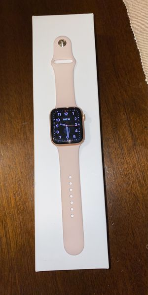 Apple watch series 5 44mm for Sale in Boston, MA
