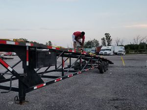 2007 Kaufman 3 car trailer for Sale in Chicago Heights, IL