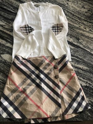 Burberry Skirt and sweater set girls size 8 for Sale in San Diego, CA
