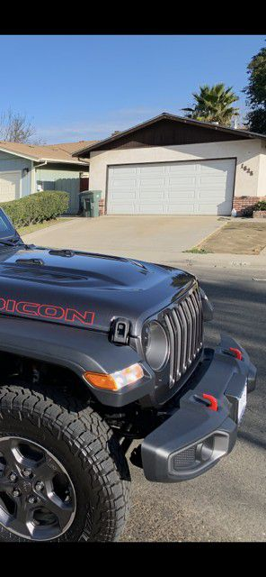 JEEP GLADIATOR RUBICON TAKE OFF PARTS for Sale in Ceres, CA