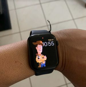 Almost new Apple Watch 4 series 44cm for Sale in Miami, FL
