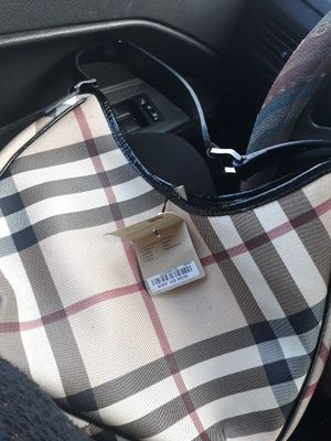 Burberry purse for Sale in Reynoldsburg, OH