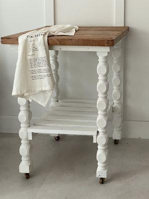 Vintage Kitchen Island/table for Sale in Fort Lauderdale, FL