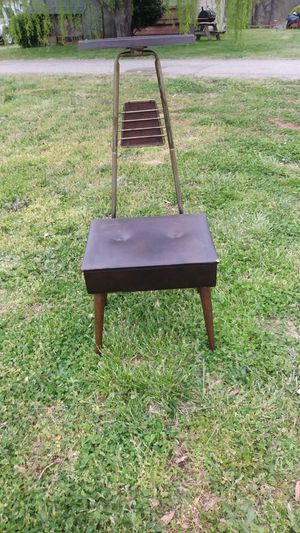Antique dressing chair for Sale in Inman, SC