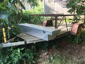Trailer 5 by 9 with tool box for Sale in Glastonbury, CT