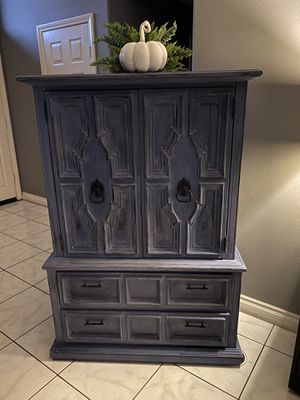 Blue antique Armoir for Sale in Yucaipa, CA