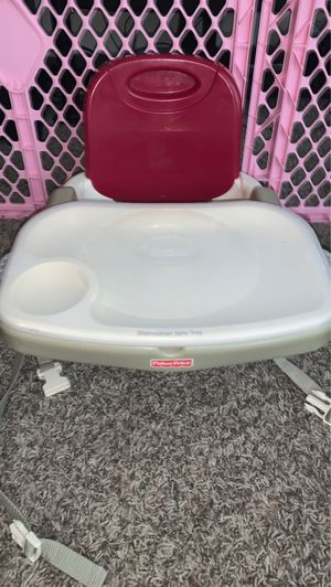 Fisher Price booster seat with tray and lid FREE for Sale in Mount Prospect, IL
