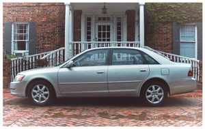 <**LIKE NEW Up for sale 2OO3 Toyota Avalon RUNS AND DRIVES GREAT EXCELLENT CONDITION Clean title Good tires**>BEST PRICE-$5OO for Sale in Philadelphia, PA