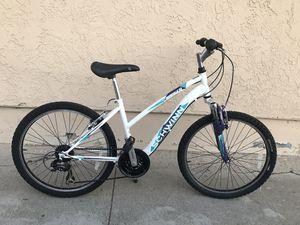 Schwinn Women's Mountain Bike for Sale in East Los Angeles, CA