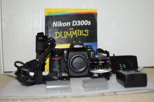 Nikon D300S 12.3MP Digital SLR Camera W/ Nikkor-H 28mm Lens & Shutter Release MC-30 for Sale in Houston, TX
