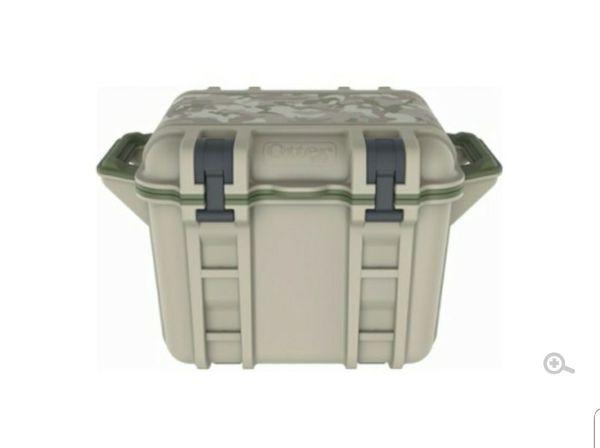 Otterbox Venture 25Quart Cooler (Desert Camo)