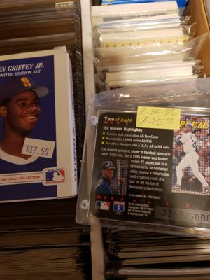 2000 Ken Griffey jr Baseball card Collection for Sale in Henderson, NV